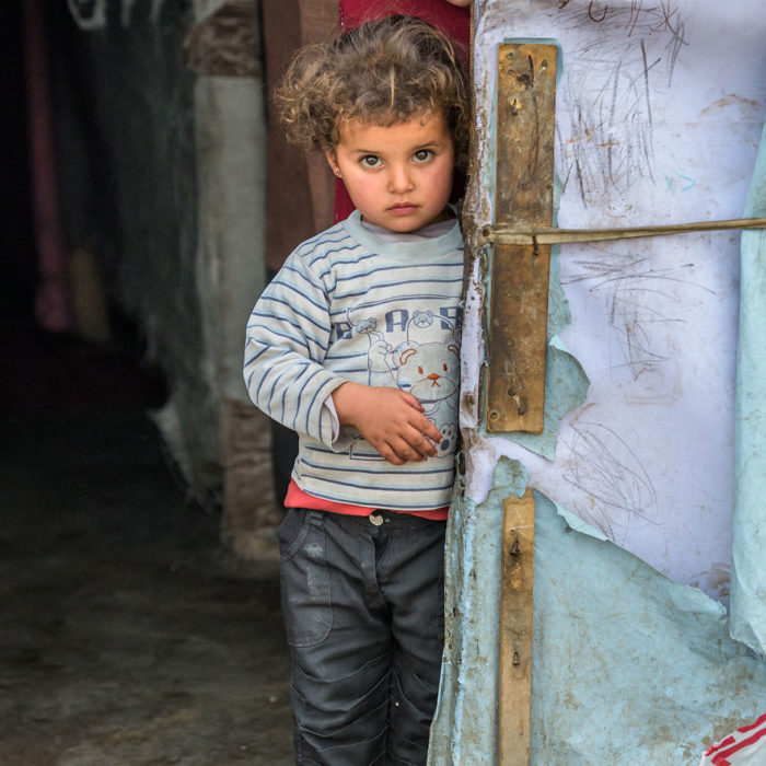 INCREASE HUMANITARIAN AID TO CHILDREN AND FAMILIES FLEEING WAR IN SYRIA