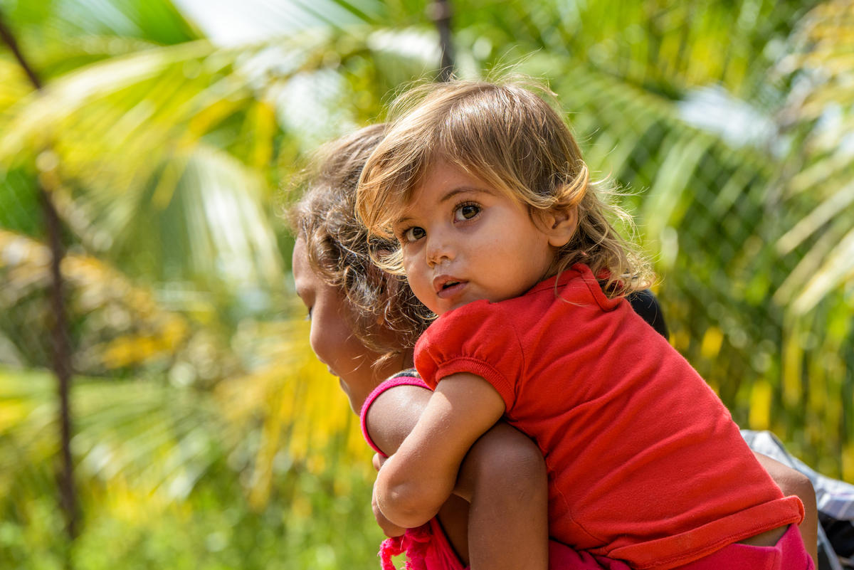 Act today to protect funding for children and families in Central America
