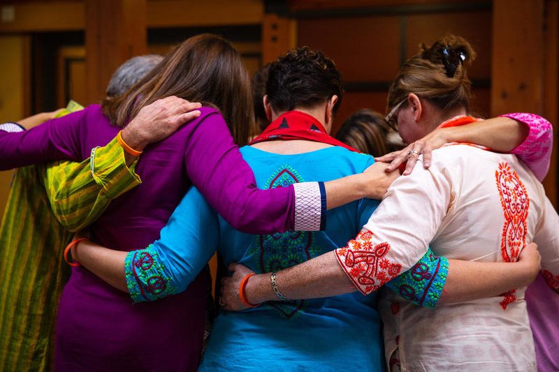 4 ways to combine prayer and action right now