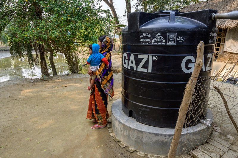 A new rainwater tank provides clean water.