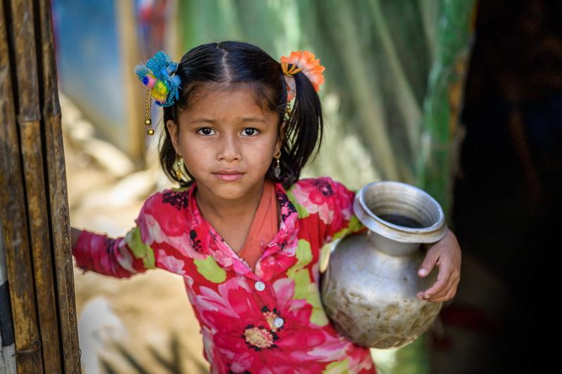 Refugee girl in Bangladesh